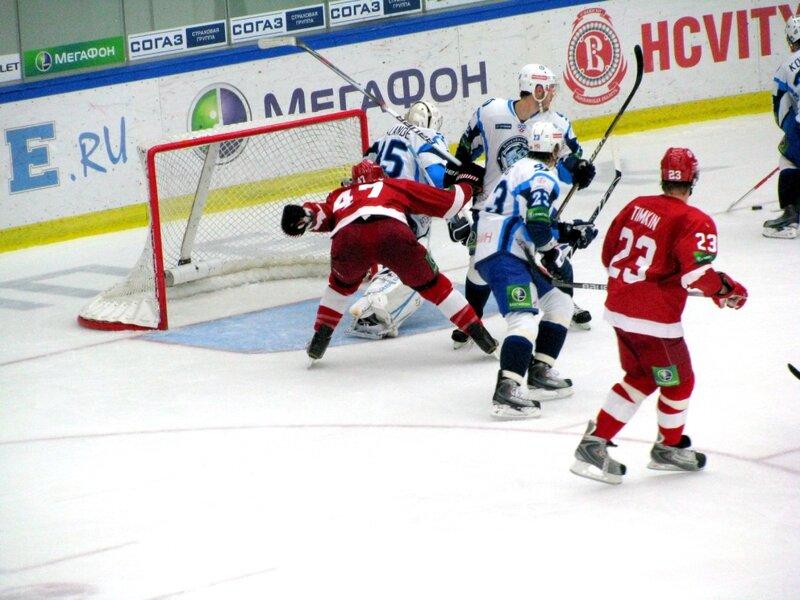 Витязь-Динамо (Минск). (Фото).