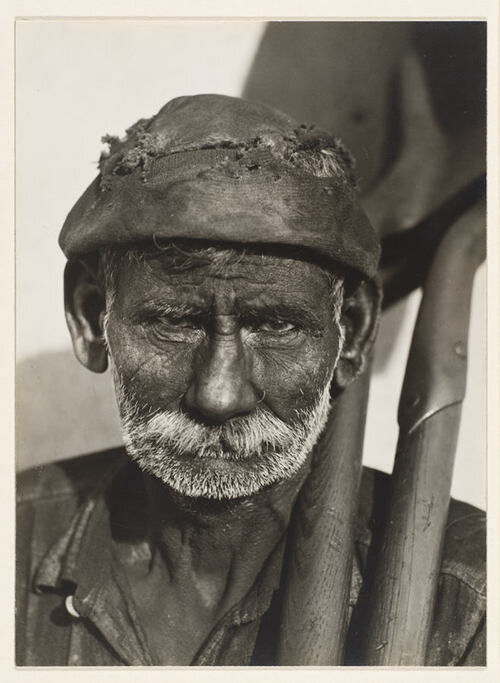 Coal Dock Worker, by Walker Evans 1933