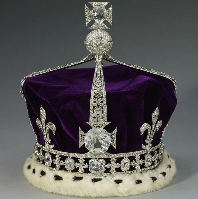 Корона королевы Елизаветы