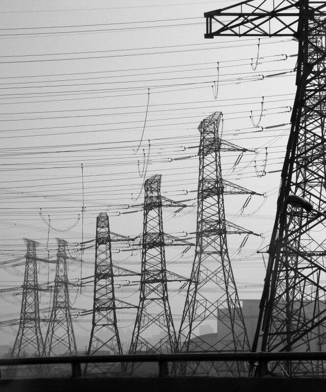 Провода опутали китайскую землю