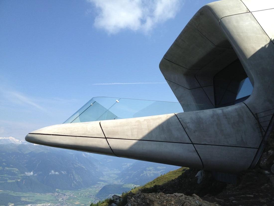 6. Смотровая площадка с видом на известные альпийские вершины.