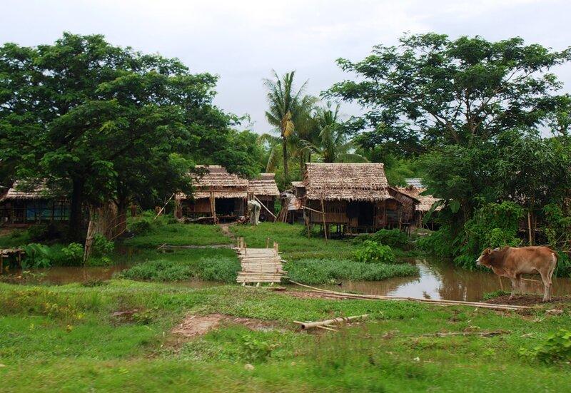 Зеленая деревня и желтая река