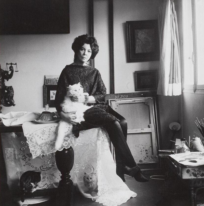 Photo of Fini in her Paris studio, 1961