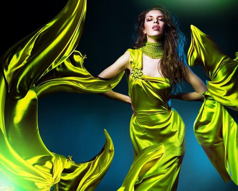 Квартиры в платьях , коие развеваются на ветру - Фото с совсем п…