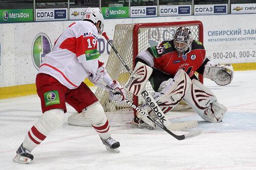 Металлург Нк - Спартак 2-3 Б 14-10-2011