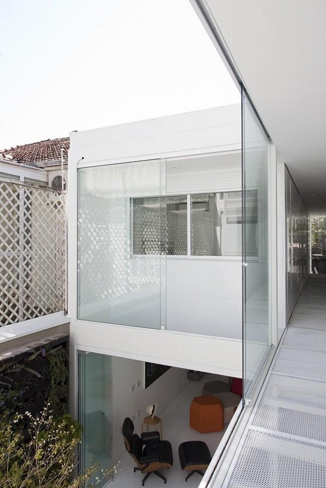 Минимализм в белом цвете 4x30 House в Сан-Паулу, Бразилия