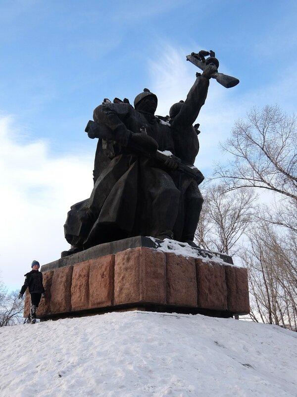 Абакан - Памятник в Парке Победы