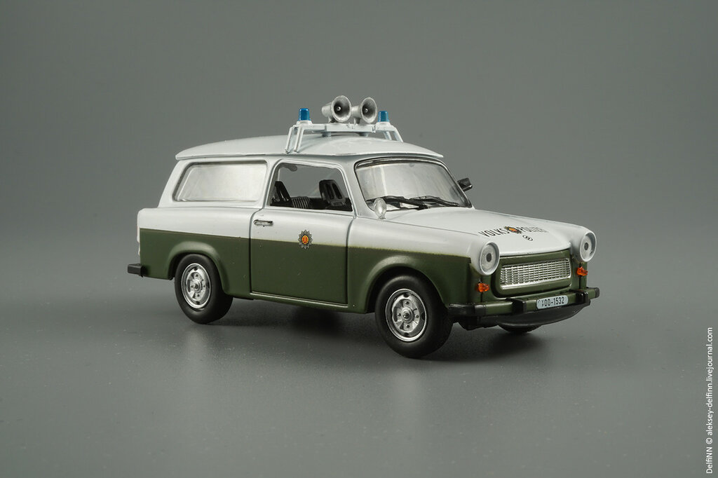 Trabant-P601-Kombi-01.jpg