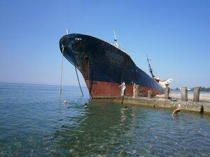"""""""И корабль плывёт..."""""""