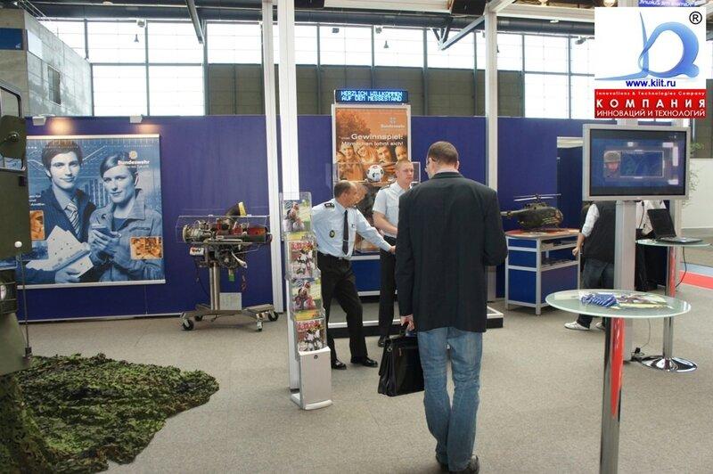 Стенд Bundeswehr на выставке CEMAT 2011
