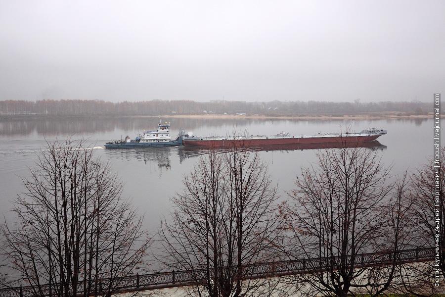Ярославль. Волга. Буксир-толкач «Урал-32» 1982 года постройки. Проект Р-45