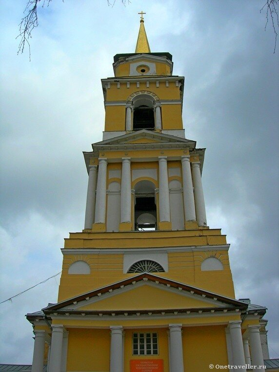 Пермь. Колокольня Спасо-Преображенского кафедрального собора (1820 г.)