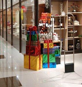 Новогодние витрины Шинуа
