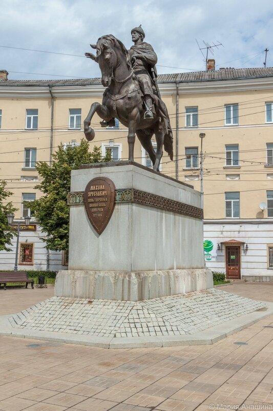 Памятник князю Михаилу Тверскому, Тверь