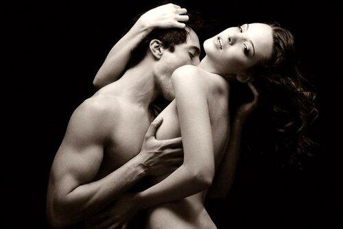 Нежные поцелуи груди фото 269-564