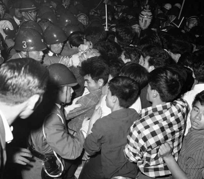 """Фотоподборка """"50 лет назад. 1961 год"""" / Фотохроника событий прошлого 49 фото"""