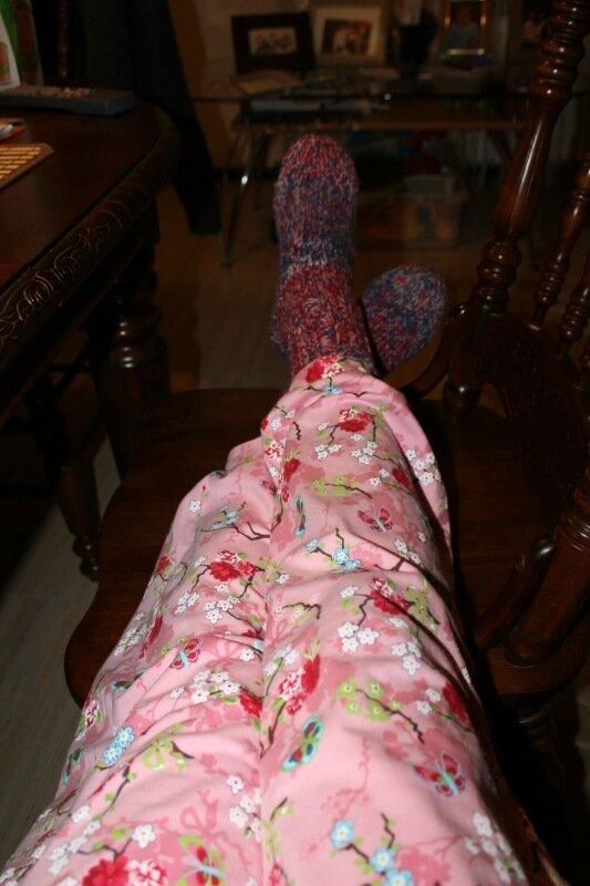 фото девушек без лица в пижаме