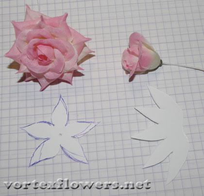 заколка тремя розами