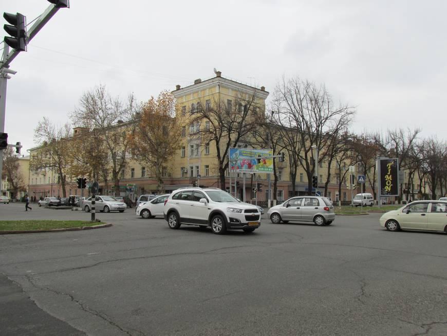 сталинские дома на улице бабура 2.JPG