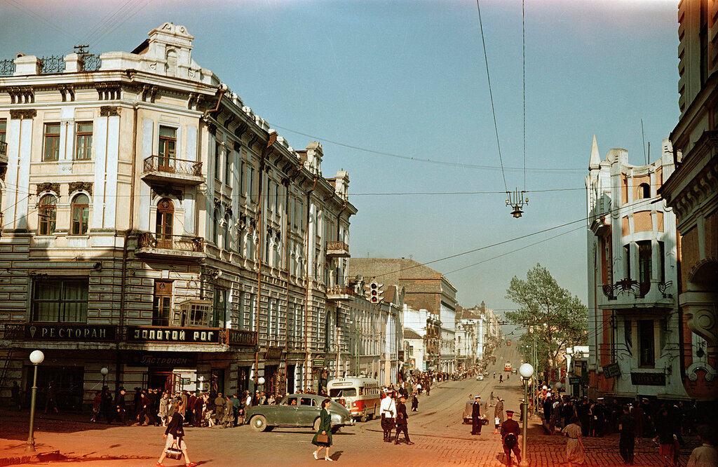 1955 Vladivostok, ul.Lenina.jpg