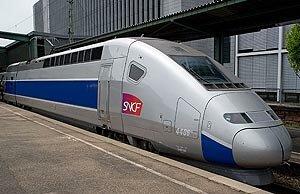 Новый китайский поезд сможет развивать скорость до 600 км в час. А-у-у-у, РЖД!...