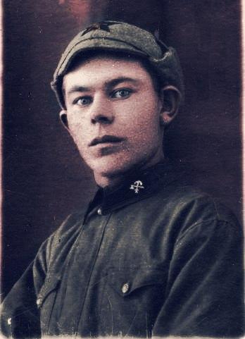 14 летний пацан освободил родную деревню от фашистов. 1941 г.