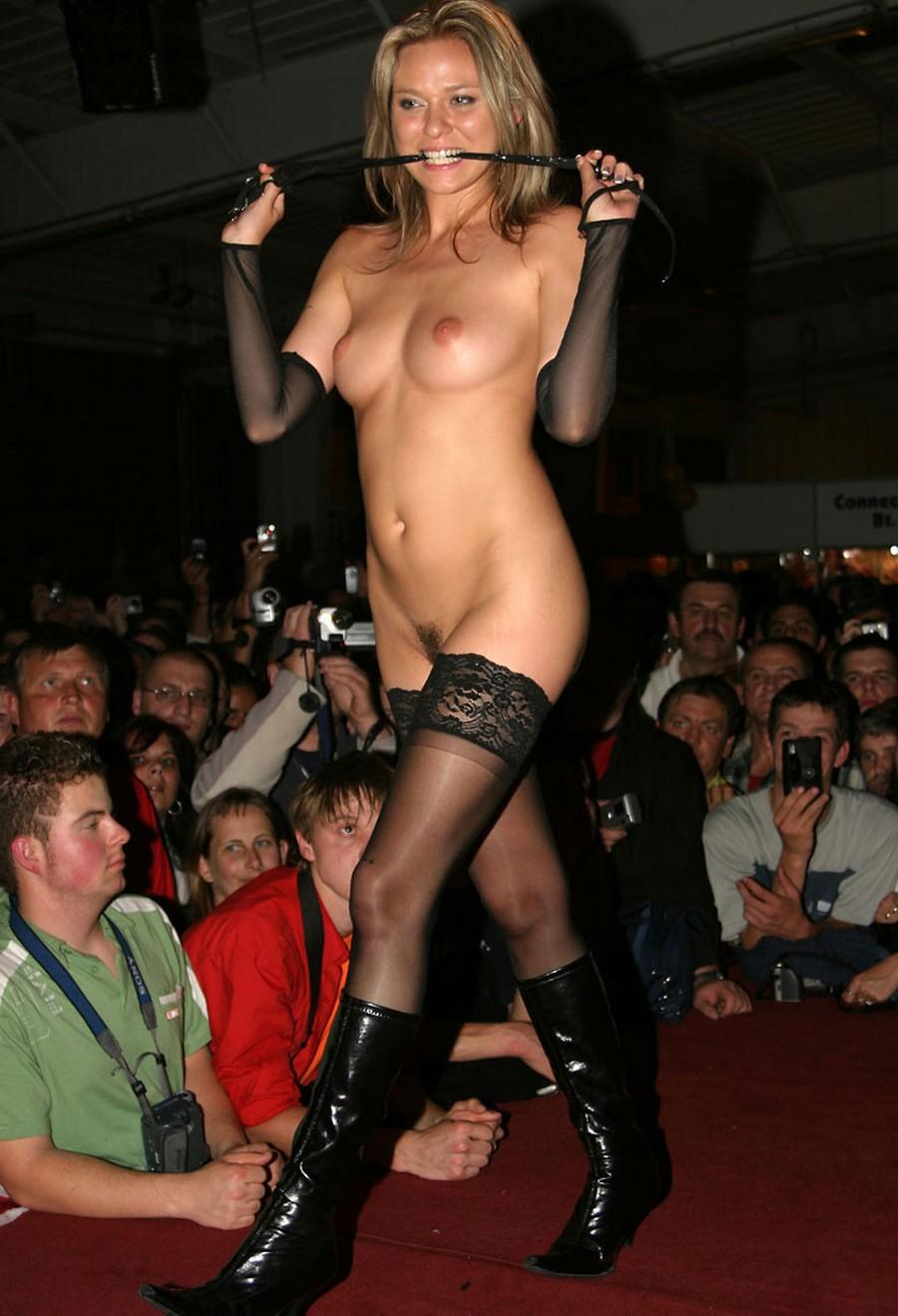 Смотреть эротические шоу онлайн фото 110-164