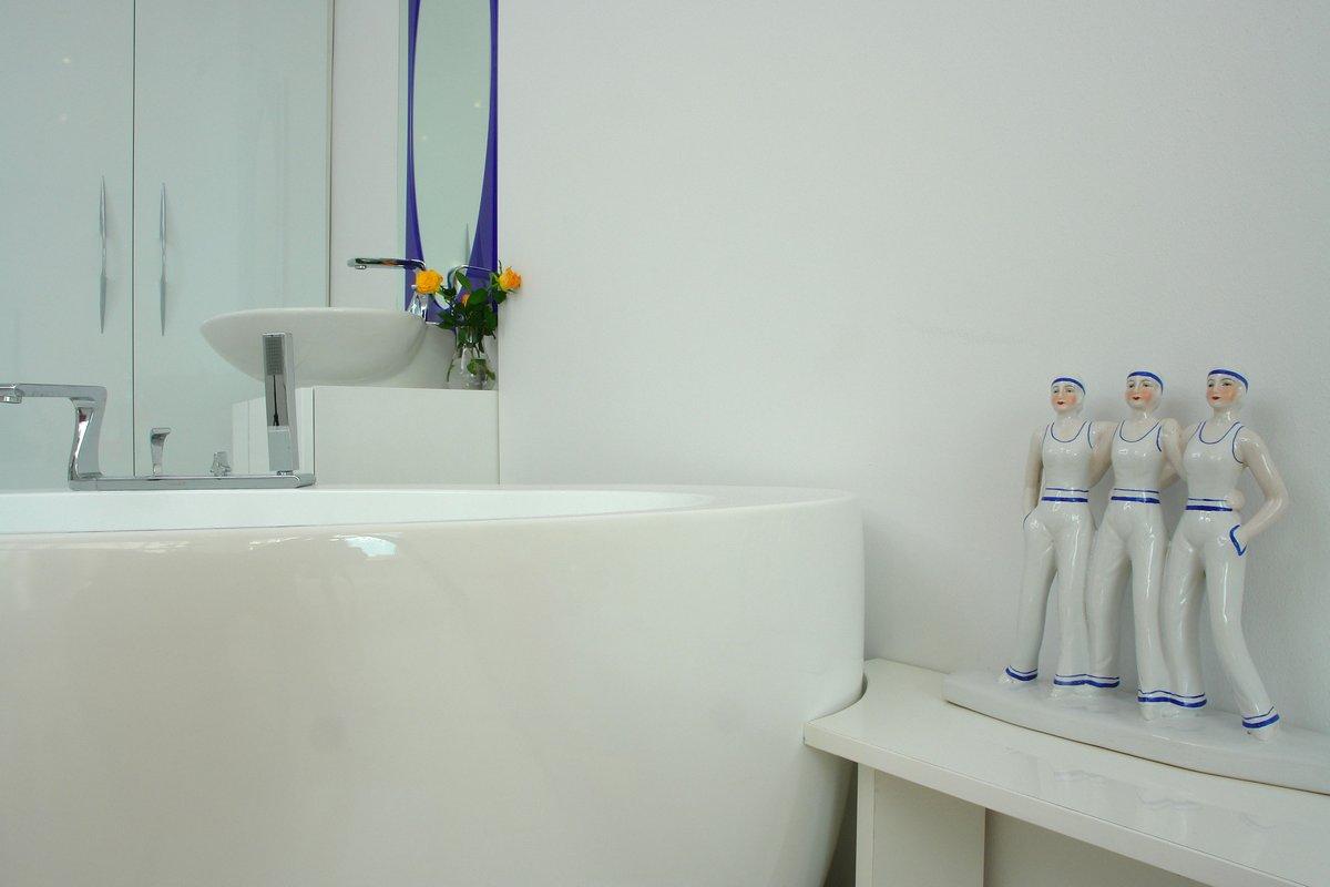 Margeza, квартира в Будапеште, яркий интерьер квартиры фото, яркая квартира фото, яркий дизайн интерьера, планировка квартиры, квартира для пожилых