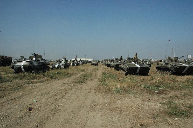 """""""Шоу с переодеванием"""": россияне собираются устроить провокацию, выдавая свои танки за украинские? - Цензор.НЕТ 5189"""
