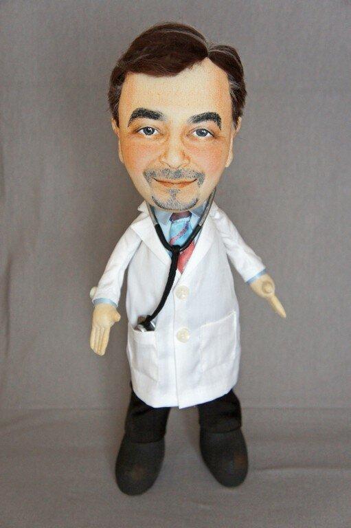 Халат врача для куклы