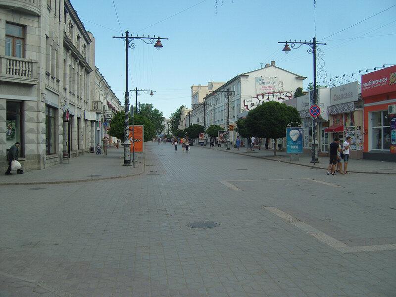 пешеходная зона на Екатерининской улице