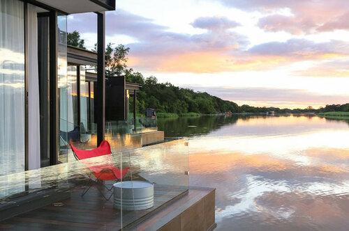 Плавучий отель в Таиланде