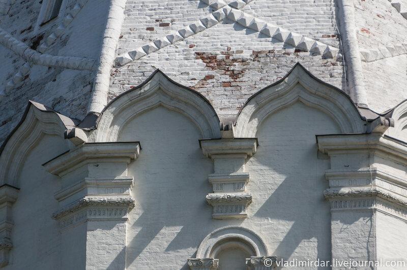 Коломенское. Храм Вознесения Господня. Тест объектива Sony E 55-210mm. Фокусное 210 мм.
