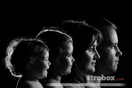 Если я правильн опонял, то каждый портрет был сфотографирован по отдельности и... световая схема.