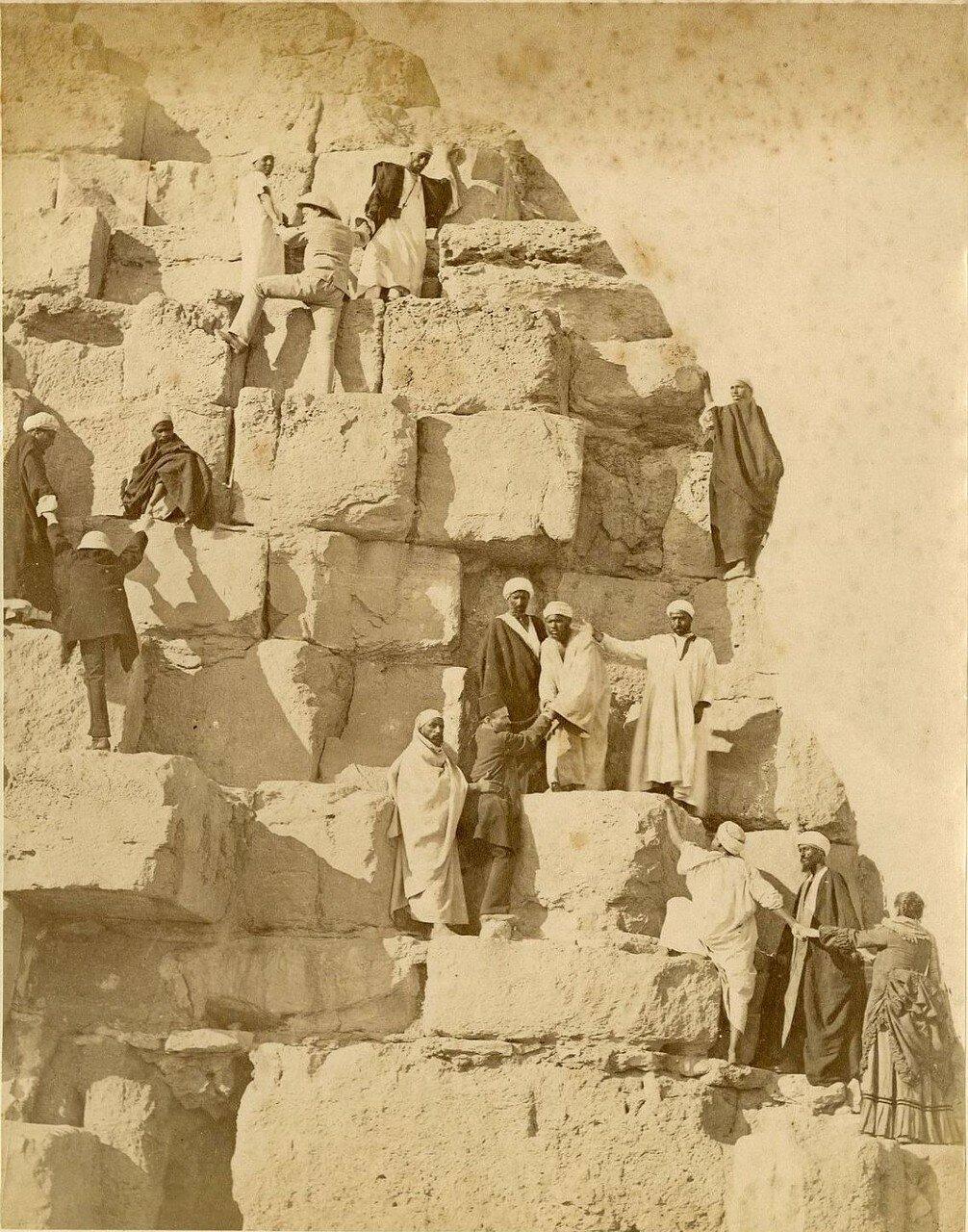 Гиза. Восхождение на пирамиду. 1880-е