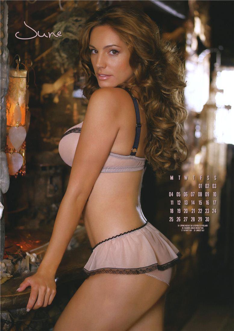 Kelly Brook / Келли Брук - официальній календарь на 2012 год - июнь