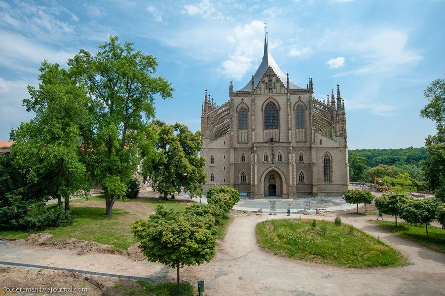 готический храм в чехии