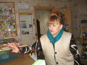 Заведующая Рябчинским отделением связи Валентина Васильевна Захаркина