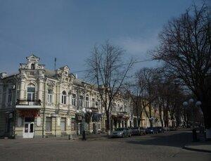 Центральная улица.Александровская улица когда-то, сейчас - Октябрьская (Жовтнева)