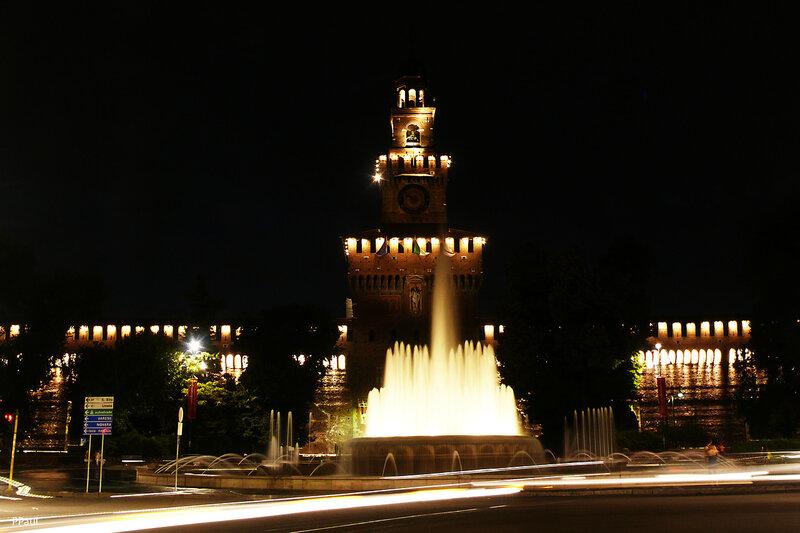 Милан ночью