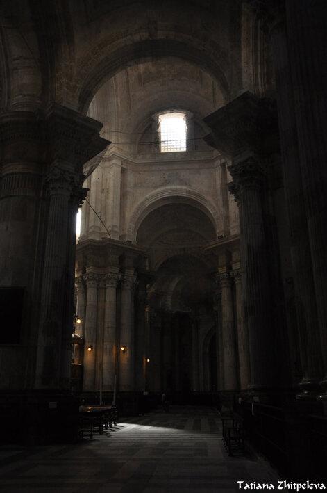 свет и тень в интерьере