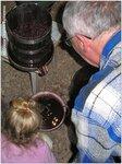 Смотри внучка: это - вино!