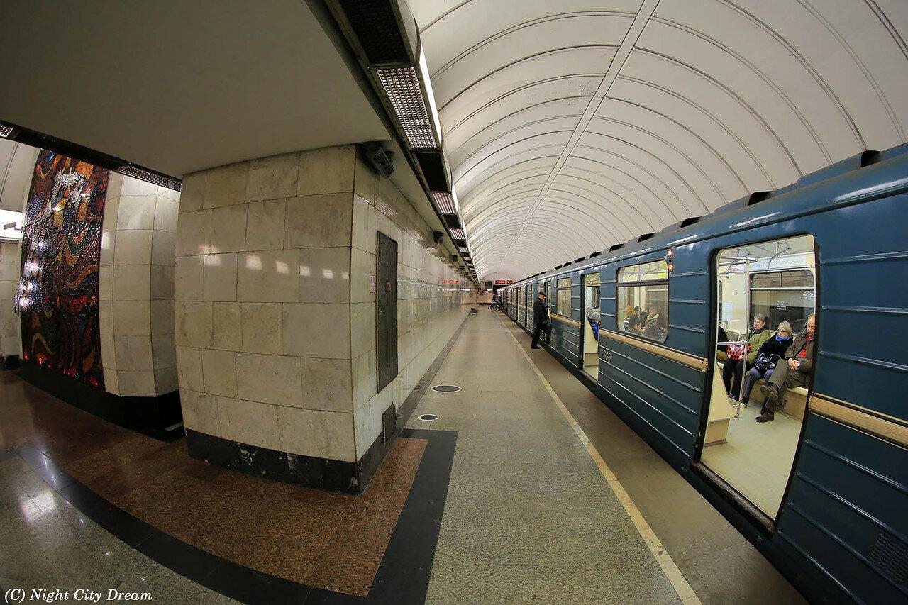 Приглашения гостей, метро дубровка картинки