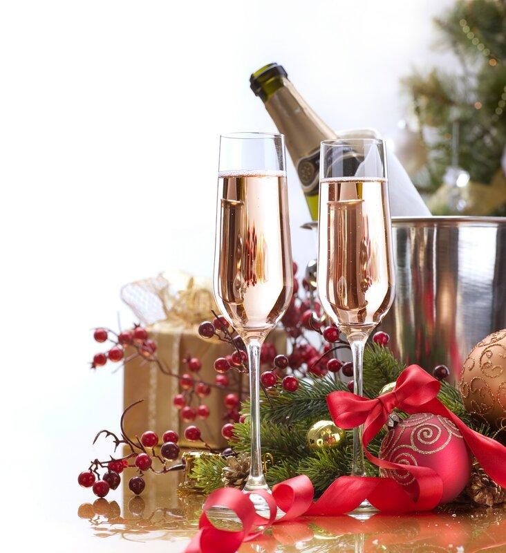 наличие новогоднее яблоко и шампанское цветы фото чтобы новый год