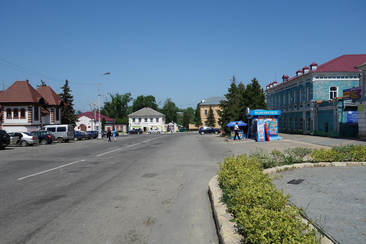 площадь на пересечении Крупской и Советской