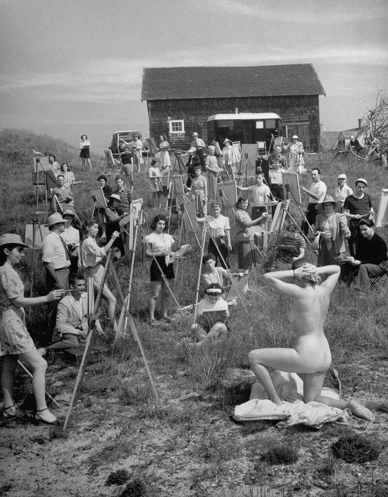Группа учеников художественной школы Фарнсуорта пишет картину с натуры, 1946 г. (Фото Andreas Feininger).Jpg
