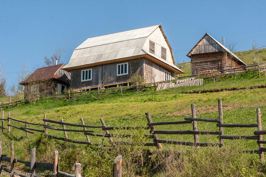 домик в карпатских горах