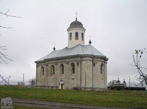 Крылос. Церковь Успения Богородицы