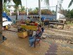 Вьетнамцы спокойно относятся к фотогрфам