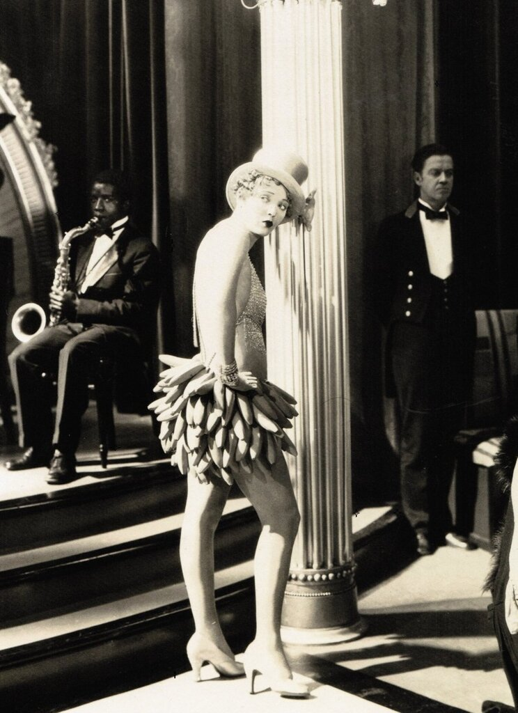 Dorothy Mackaill in His Captive Woman (1929)